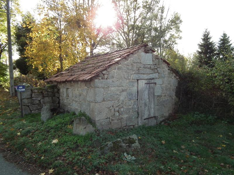Maison à vendre à Auzances, Creuse - 25 000 € - photo 5