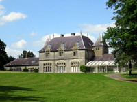 chateau for sale in BavelincourtSomme Picardie
