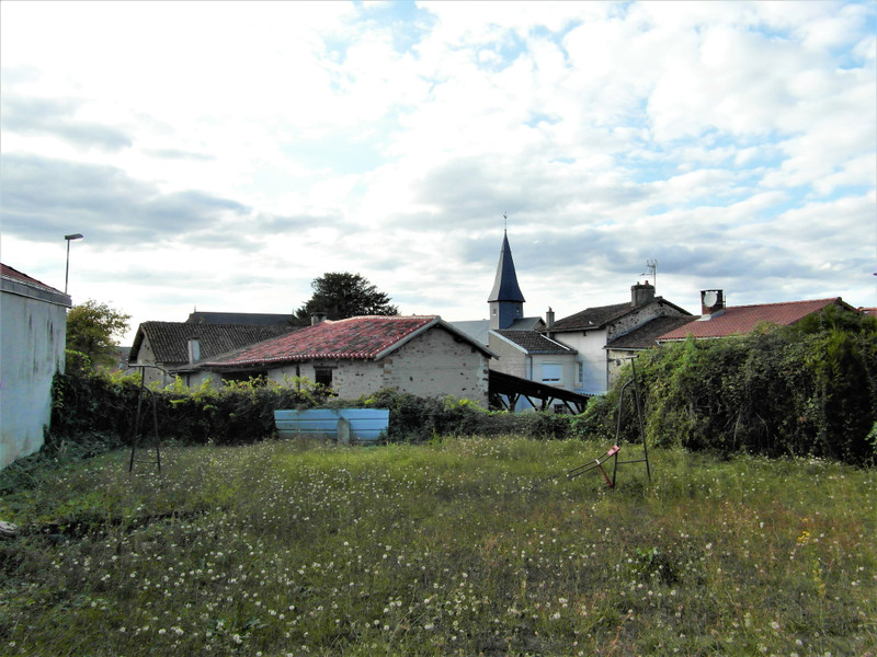 French property for sale in Mézières-sur-Issoire, Haute Vienne - €77,000 - photo 9