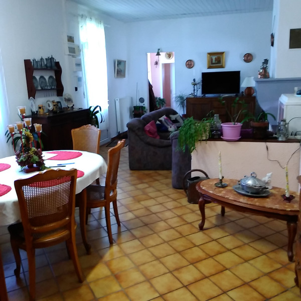 French property for sale in Lanton, Gironde - €283,000 - photo 5