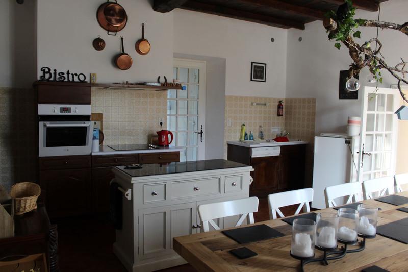 French property for sale in Cherval, Dordogne - €283,550 - photo 3
