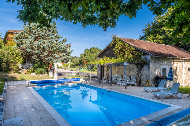 French property for sale in Champagne-et-Fontaine, Dordogne - €599,960 - photo 6