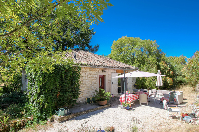 French property for sale in Cézac, Lot - €275,000 - photo 2