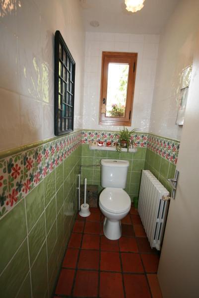 French property for sale in Saint-Yrieix-la-Perche, Haute-Vienne - €581,940 - photo 3
