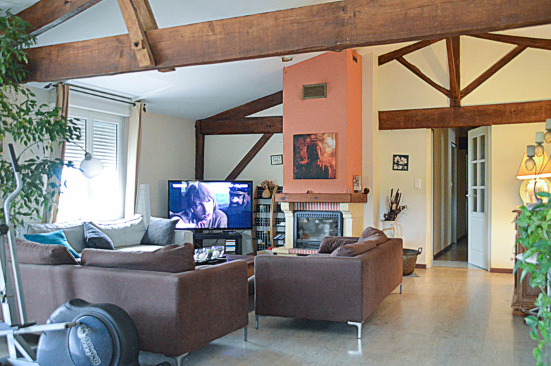French property for sale in Coulx, Lot et Garonne - €413,400 - photo 8