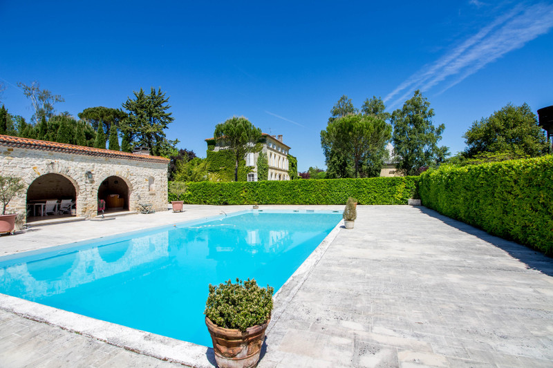 French property for sale in Fléac, Charente - €1,365,000 - photo 10