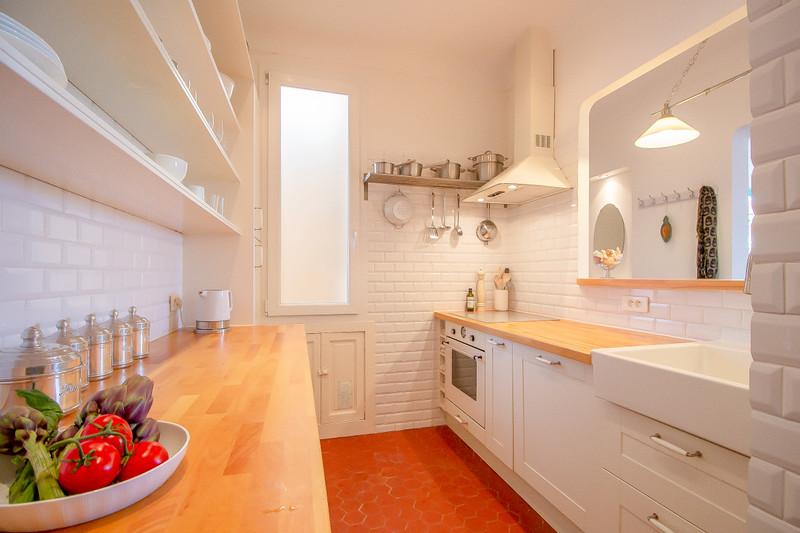 French property for sale in Antibes, Alpes-Maritimes - €448,000 - photo 4