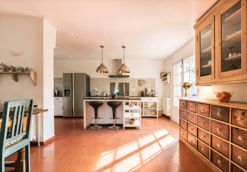 French property for sale in Draguignan, Var - €575,000 - photo 2
