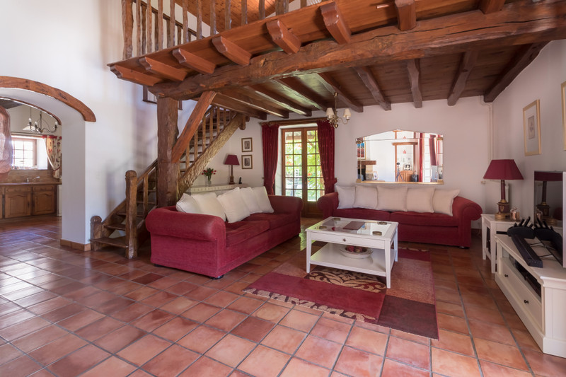 French property for sale in Migron, Charente-Maritime - €598,900 - photo 4