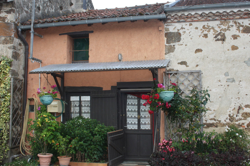 French property for sale in Dinsac, Haute-Vienne - €36,600 - photo 2