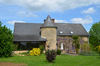 French property, houses and homes for sale inSaint-Pierre-sur-ErveMayenne Pays_de_la_Loire