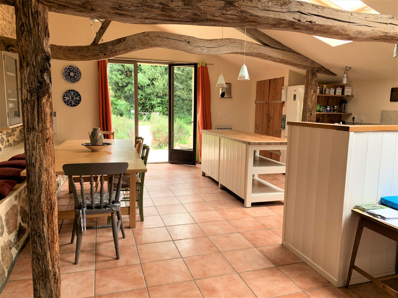 French property for sale in Vernoux-en-Gâtine, Deux-Sèvres - €404,000 - photo 5