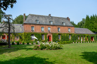 chateau for sale in Neuville-CoppegueuleSomme Picardie