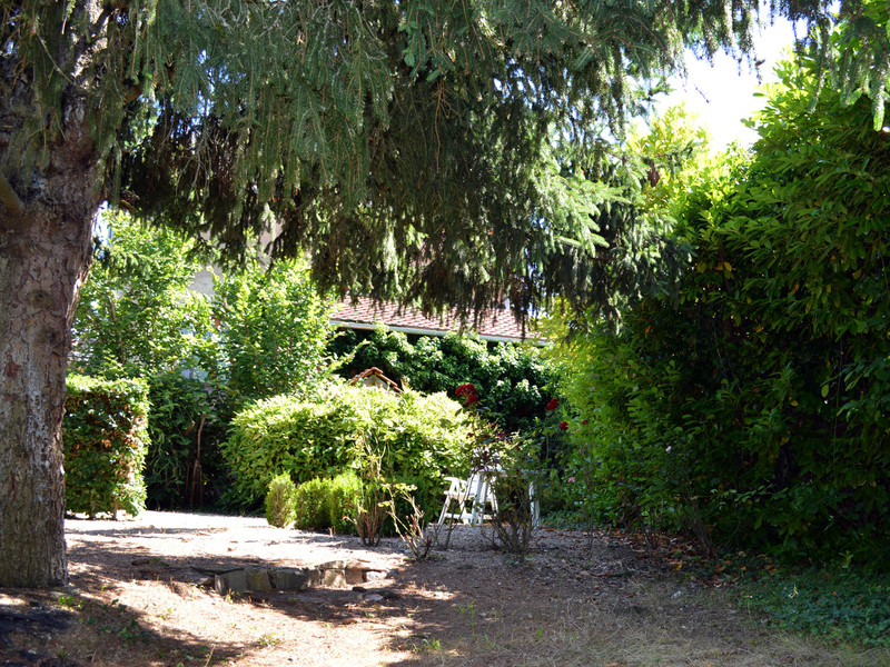 French property for sale in Saint-Saturnin, Cher - €99,000 - photo 8