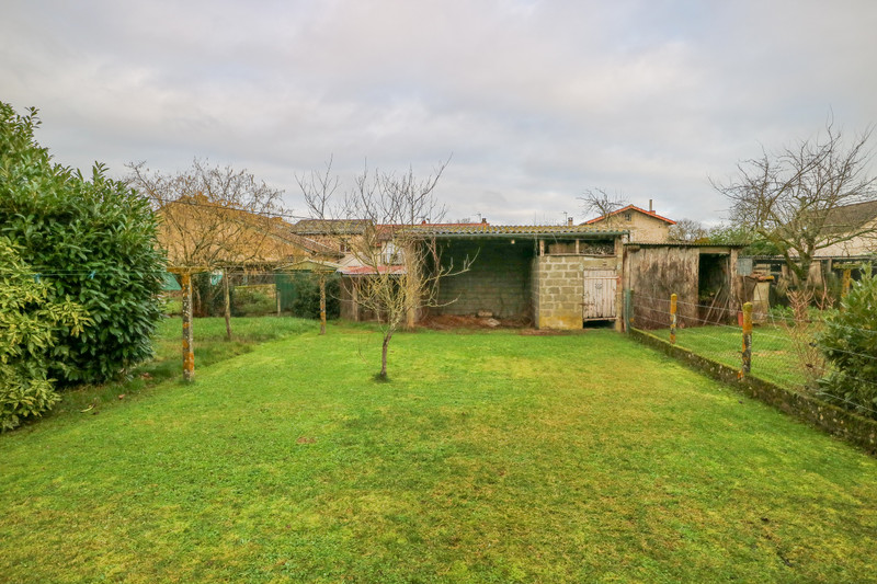 French property for sale in Adriers, Vienne - €51,000 - photo 6