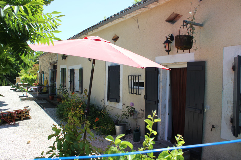 French property for sale in Valeilles, Tarn-et-Garonne - €270,000 - photo 2