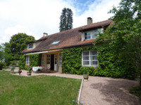 French property, houses and homes for sale in Saint-Pourçain-sur-Sioule Allier Auvergne