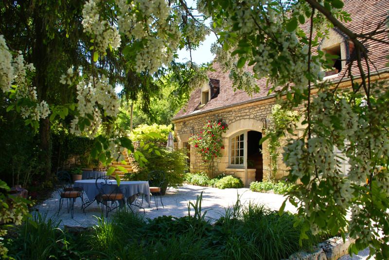 French property for sale in Sarlat-la-Canéda, Dordogne - €966,720 - photo 9