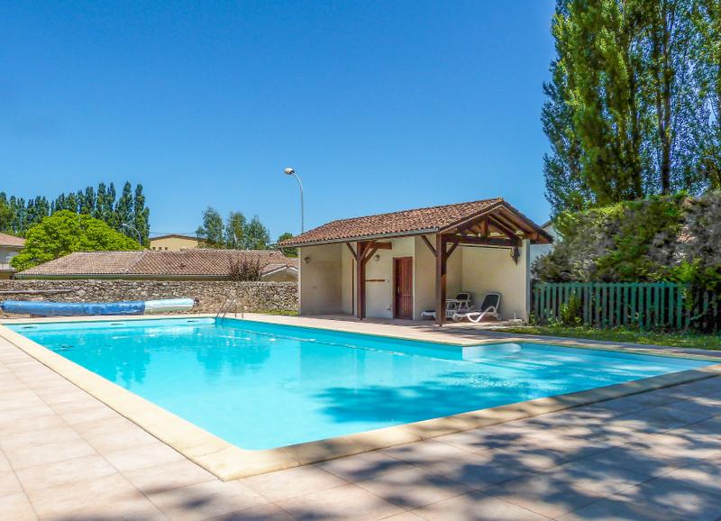 French property for sale in Casteljaloux, Lot-et-Garonne - €556,500 - photo 2