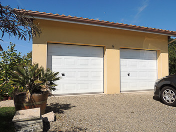 French property for sale in Riscle, Gers - €275,000 - photo 10