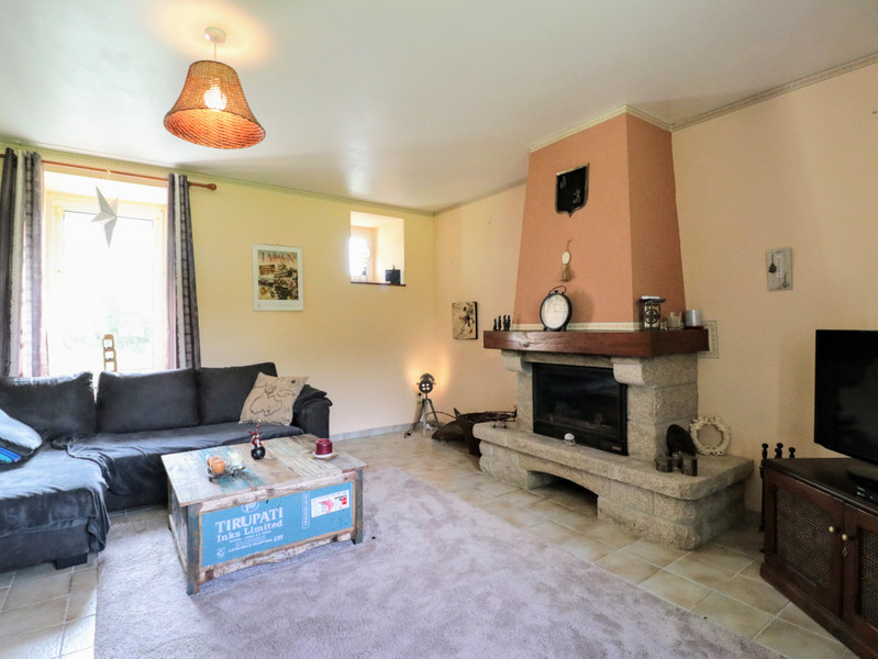 French property for sale in Pleudaniel, Cotes d Armor - €228,980 - photo 3