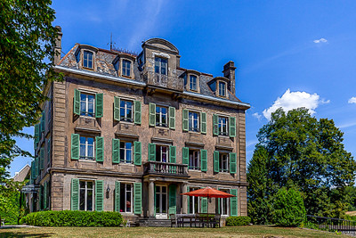 Magnificent 19th century manor house