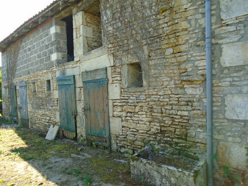 French property for sale in Mauprévoir, Vienne - €37,600 - photo 10