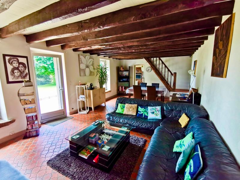 Maison à vendre à La Roche-l'Abeille, Haute-Vienne - 264 000 € - photo 3