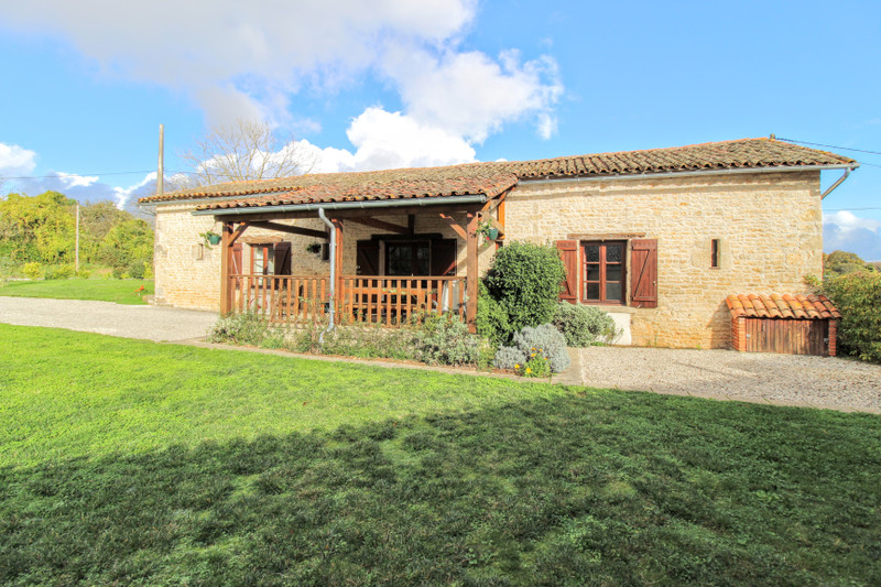 French property for sale in Sompt, Deux-Sèvres - €279,800 - photo 2