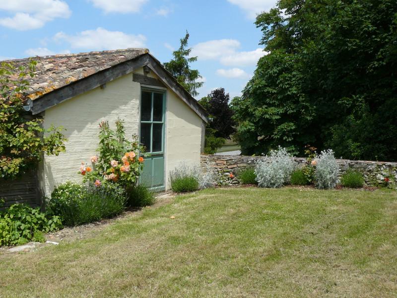 French property for sale in Monbahus, Lot et Garonne - €394,999 - photo 3