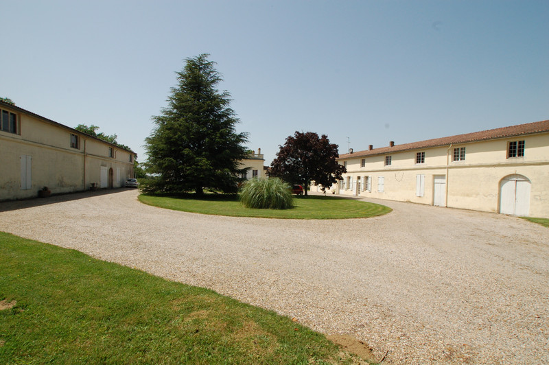 French property for sale in Fours, Gironde - €1,575,000 - photo 9
