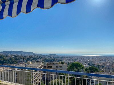 Nice Chambrun TOP FLOOR, 5p of 135m2 SEA VIEW and view of Nice, terraces, cellars, garage. Video Available;