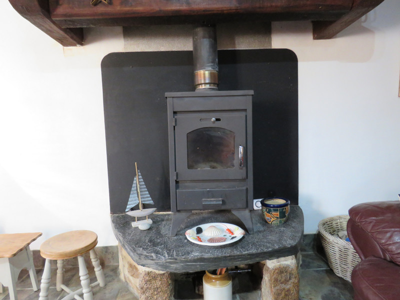 French property for sale in La Feuillée, Finistere - €107,800 - photo 7