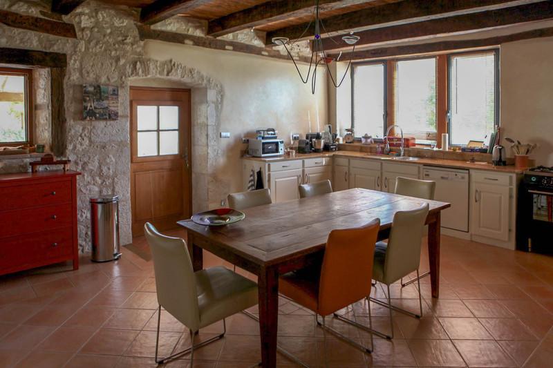 French property for sale in Lauzerte, Tarn-et-Garonne - €587,000 - photo 5