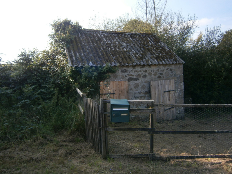 French property for sale in Plourac'h, Côtes-d'Armor - €162,410 - photo 10
