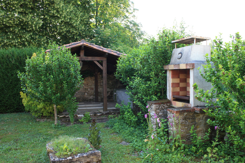 French property for sale in Villefagnan, Charente - €58,600 - photo 6