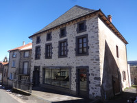 French property, houses and homes for sale inVédrines-Saint-LoupCantal Auvergne