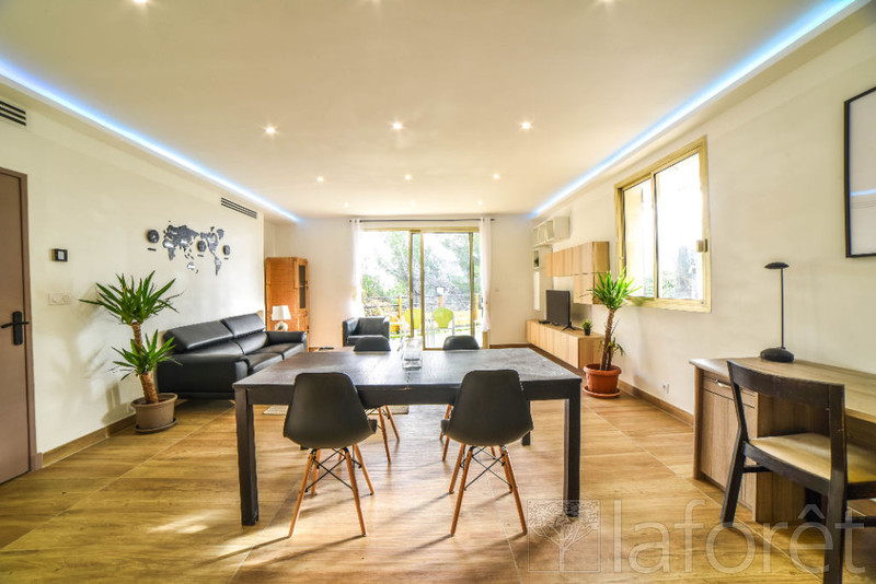 French property for sale in Nice, Alpes-Maritimes - €529,000 - photo 9