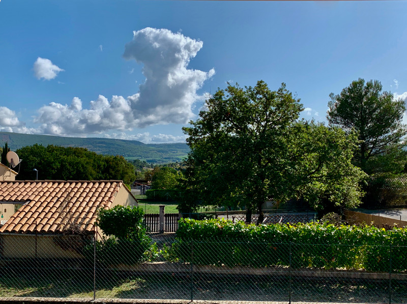 French property for sale in Reillanne, Alpes-de-Hautes-Provence - €230,400 - photo 2
