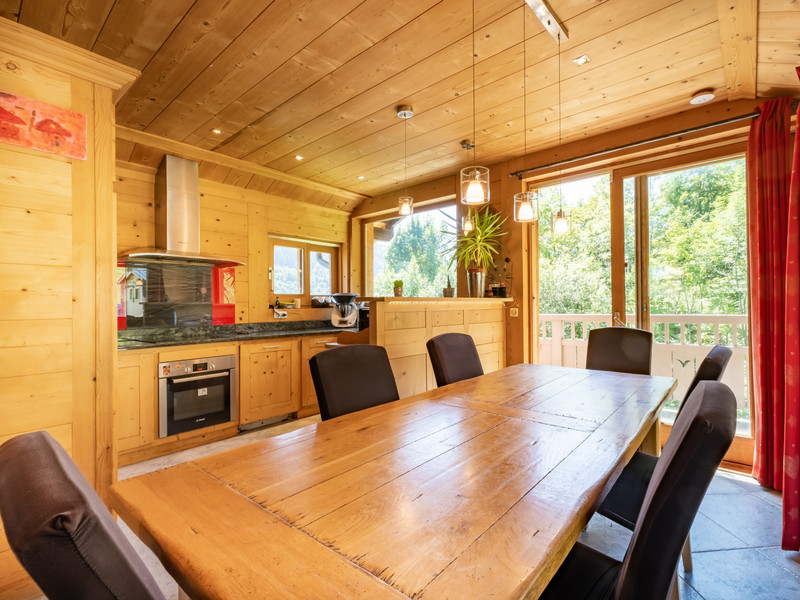 French property for sale in Les Allues, Savoie - €915,000 - photo 2