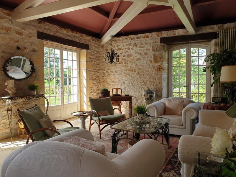 French property for sale in Tourtoirac, Dordogne - €530,000 - photo 2