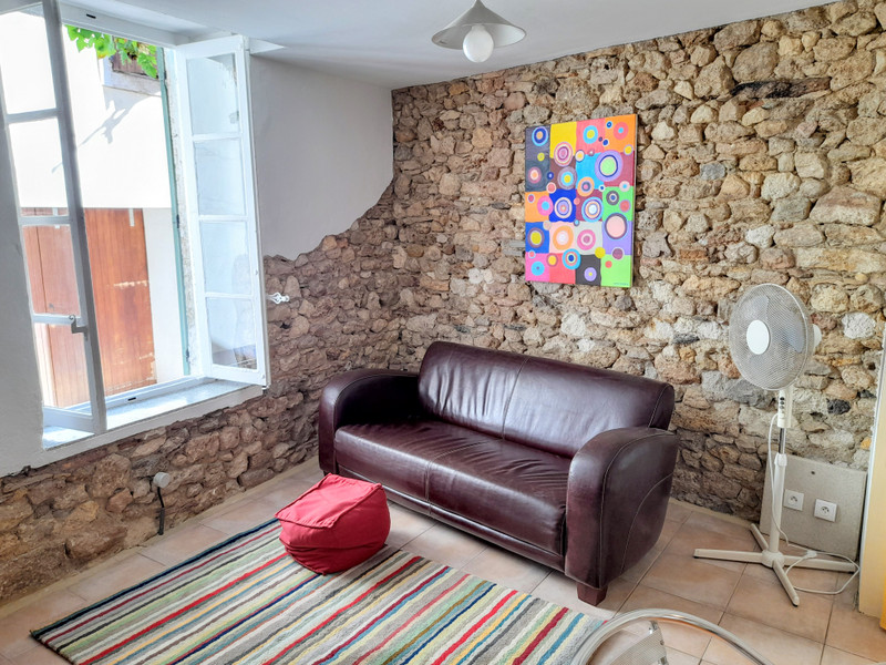 French property for sale in Magalas, Hérault - €89,500 - photo 4