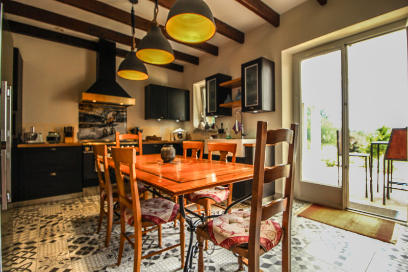 French property for sale in Ventouse, Charente - €333,900 - photo 4