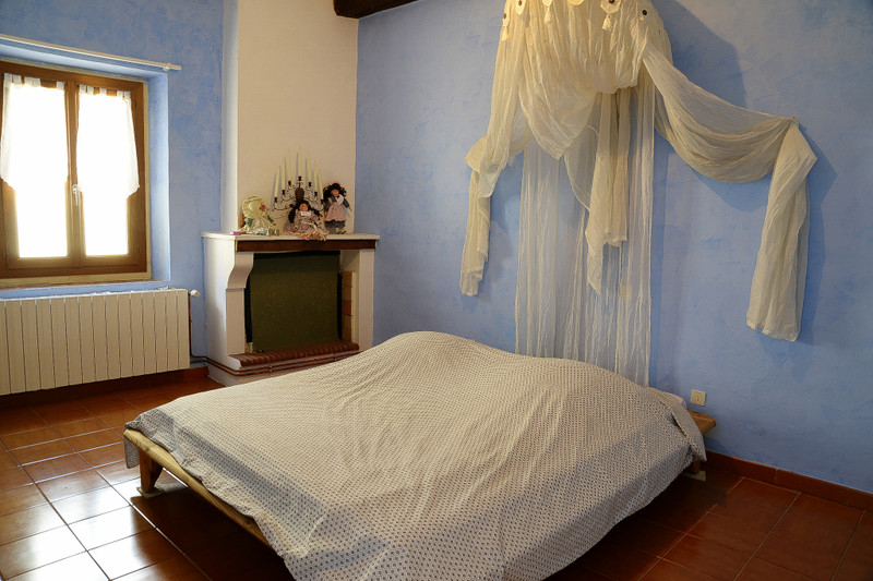 French property for sale in Saint-Hippolyte-du-Fort, Gard - €290,000 - photo 4