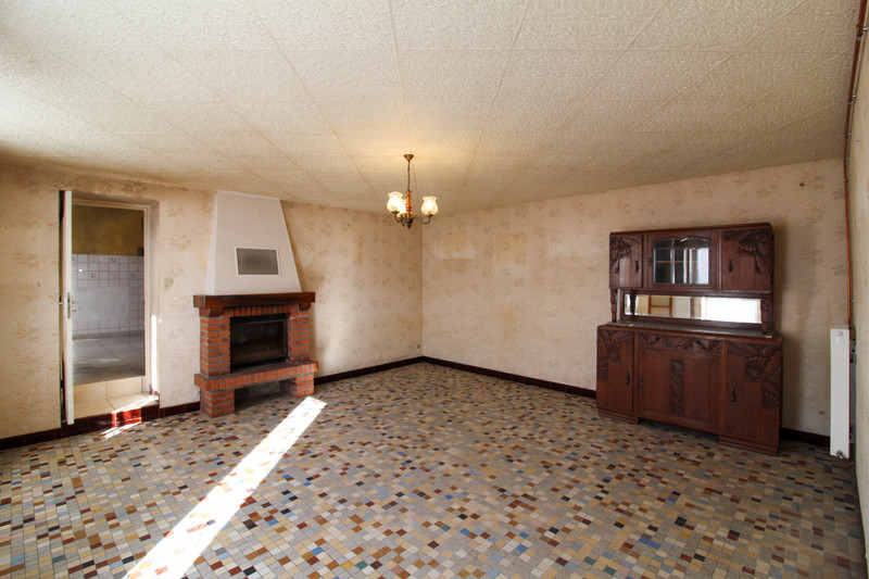 French property for sale in Coulonges-Thouarsais, Deux Sevres - €152,600 - photo 3