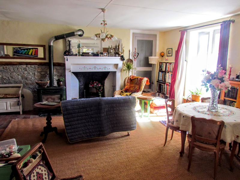 French property for sale in Luchapt, Vienne - €109,000 - photo 2