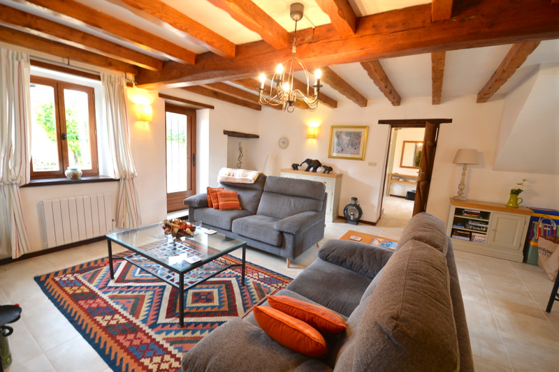 French property for sale in Les Touches-de-Périgny, Charente-Maritime - €318,000 - photo 6