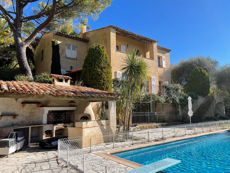 French property for sale in Mougins, Alpes Maritimes - €1,100,000 - photo 10
