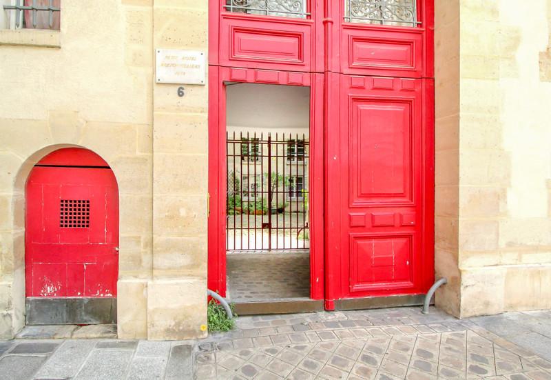 French property for sale in Paris 4e Arrondissement, Paris - €591,000 - photo 10