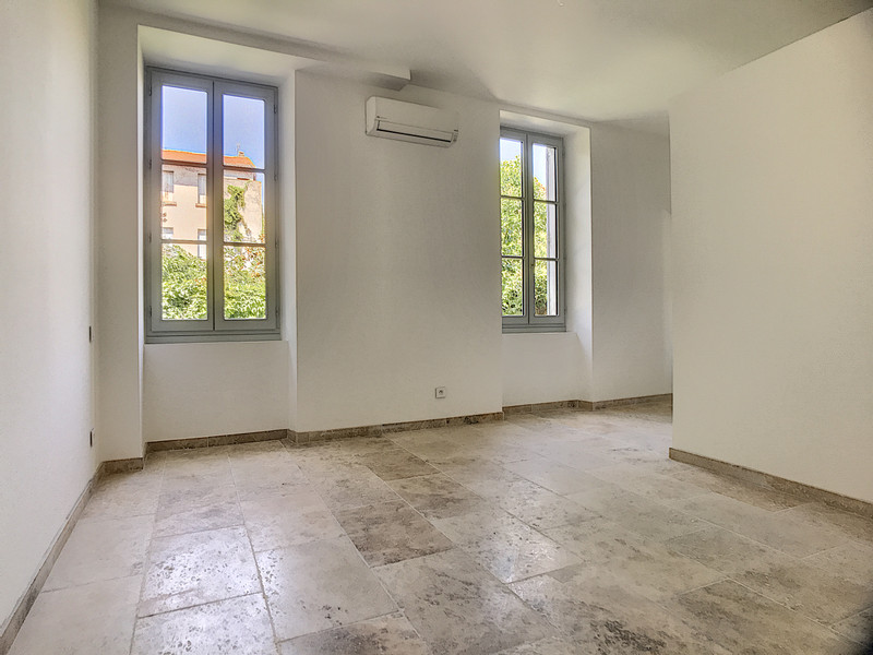 French property for sale in Avignon, Vaucluse - €409,000 - photo 4
